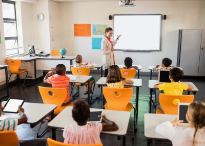 Construcción y seguimiento anual de un ranking sobre instituciones de formación superior online de habla hispana